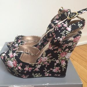 Floral wedge Charlotte Russe